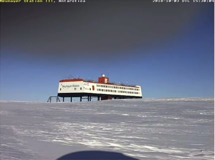 Neumayer Station Nibiru Flyover 4Oct18
