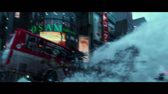 geostormmovie_wallofwatervsvan